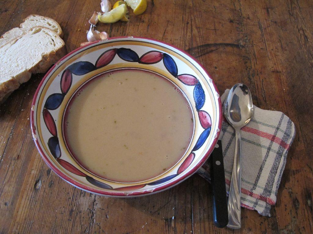 Zuppa di 22 spicchi d' aglio – Soep met 22 tenen knoflook