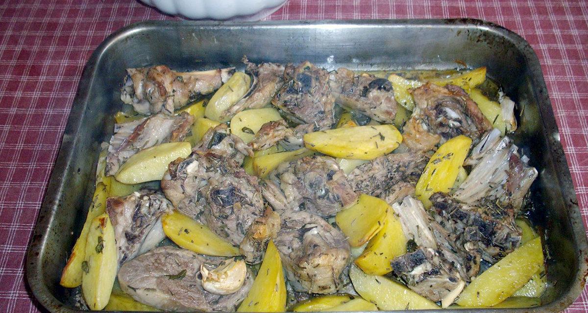 Agnello con patate al forno – Lamskarbonaden uit de oven