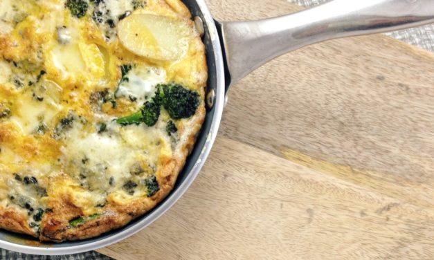 Frittata met broccoli en blauwe kaas