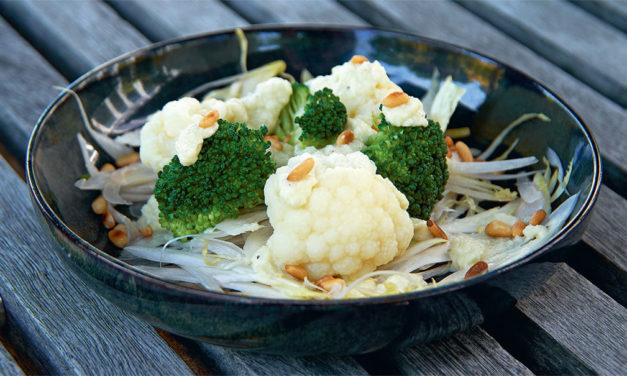 Insalata di broccoli,cavolfiori e indivia belga – Salade van broccoli, bloemkool en lof