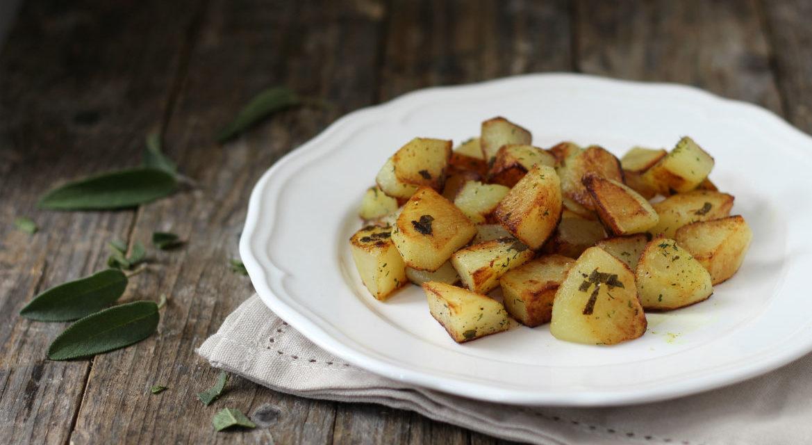Patate saltate alla salvia – Gebakken aardappeltjes met salie