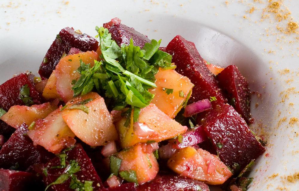 Insalata di patate e rape rosse – Aardappelsalade met bietjes
